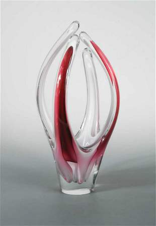 Paul Kedelv for Flygsfors a large Coquille glass vase