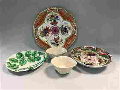 A Worcester 'Dragon in Compartments' pattern plate and