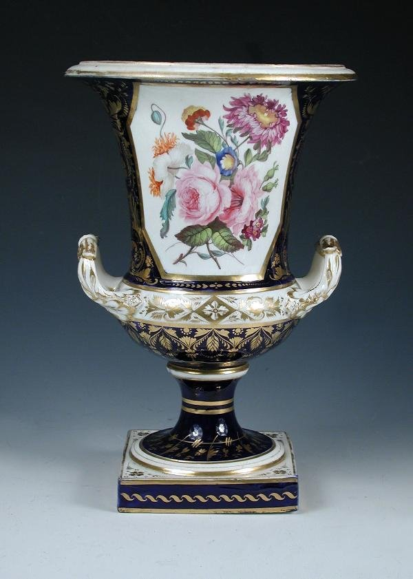27: A MID 19TH CENTURY BLOOR DERBY URN, THE TWO