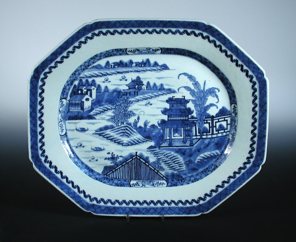 An early 19th century blue and white serving dish