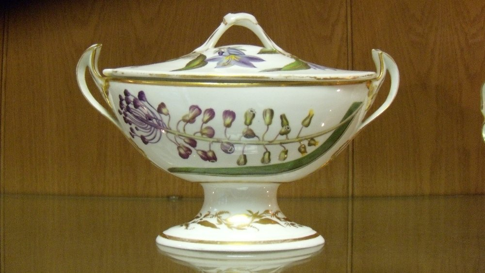 A Duesbury Derby botanical sauce boat and cover