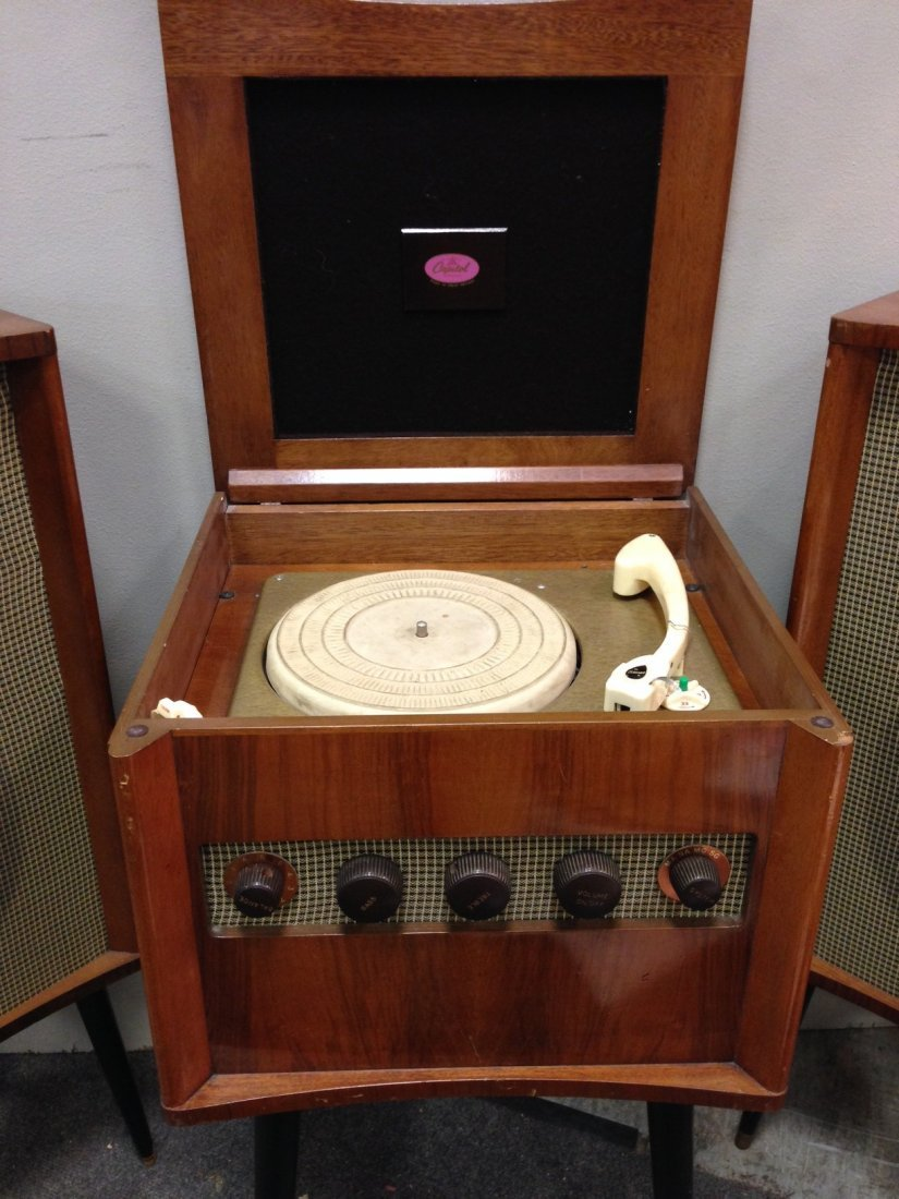 A Capitol RS101 stereo record player and speakers, - 2