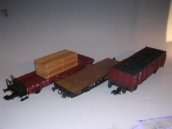 2011: Marklin gauge 1  - Rungenwagen mit Beladung 58491