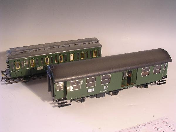 2021: Marklin gauge 1  - Two three axle carriages, unco