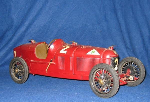 1153: Alfa Romeo P2 clockwork tin plate car, CIJ