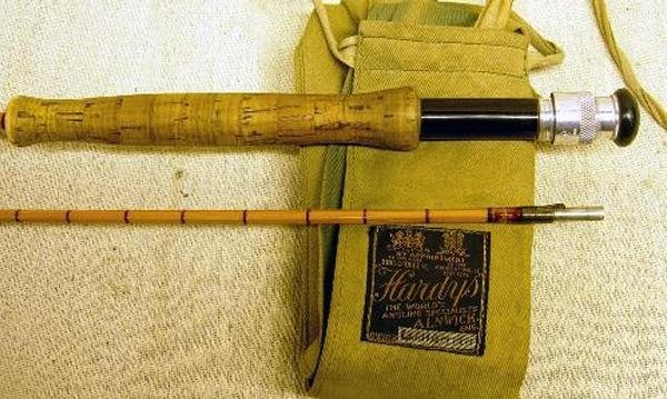 517: A HARDY'S PERFECTION SPLIT CANE TROUT ROD, 8FT