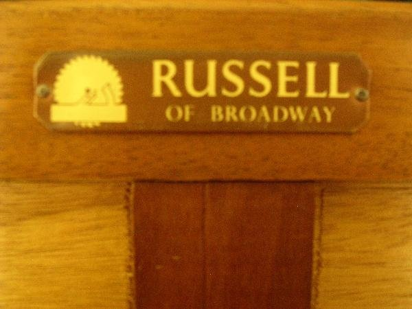 676A: A GORDON RUSSELL SIDEBOARD - 2