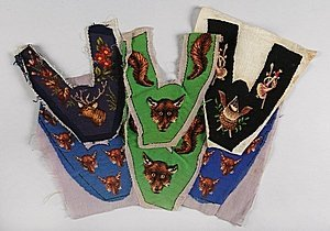 1007: Embroidered slipper panels related to hunting, ci