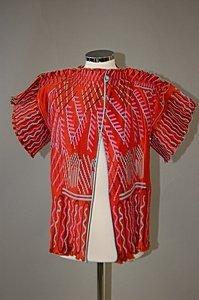1018: A Zandra Rhodes red pleated satin evening jacket,