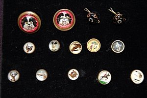 2: A group of glass hunting/sporting waistcoat buttons,