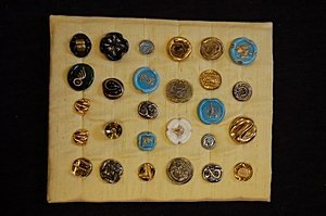 24: Bimini pressed glass buttons, circa 1945, on displa