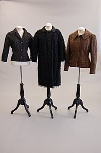 2020: Ladies suits and jackets, 1950s-1960s, eight ense