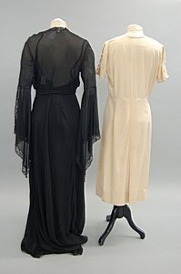 2044: A group of 1930s evening wear, summer wear and li - 7