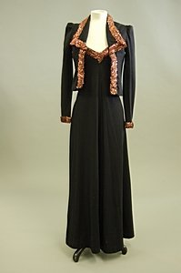 1024: A Biba black knitted jersey evening ensemble, lat