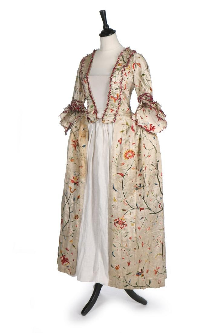 A Chinese embroidered robe à l'Anglaise, the satin