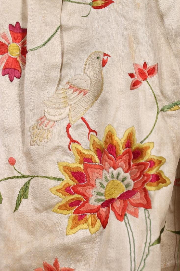 A Chinese embroidered robe à l'Anglaise, the satin - 8