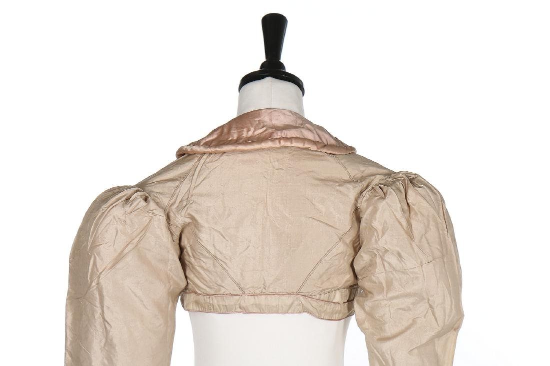 A rare beige and pink silk spencer, 1810-20, with - 3