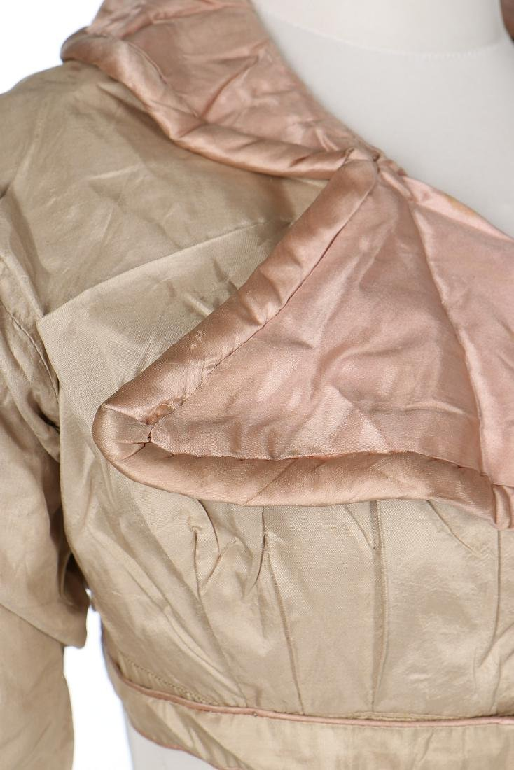 A rare beige and pink silk spencer, 1810-20, with - 4