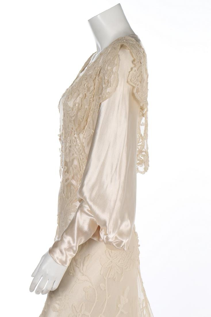 A bias-cut satin bridal gown, 1930s, with full, long - 5