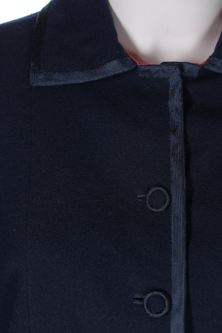 A Chanel couture navy moss crêpe suit, Autumn-Winter, - 4