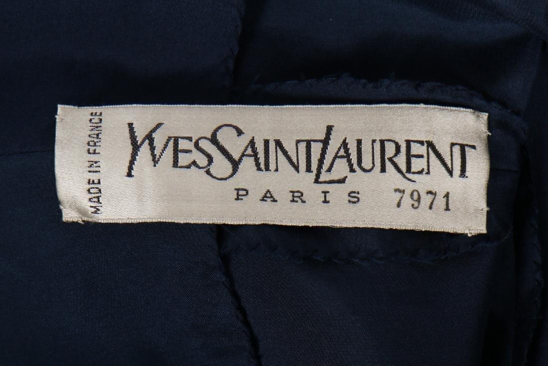 An Yves Saint Laurent couture printed silk foulard - 6