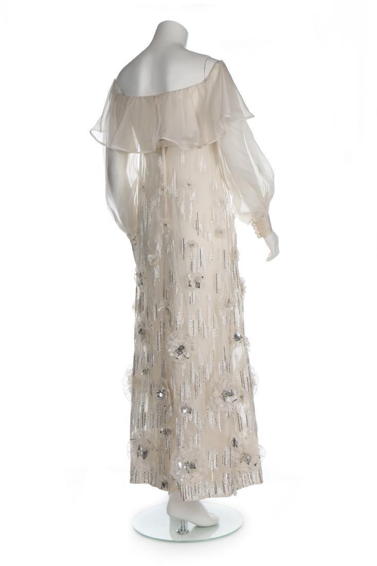 A Jean Patou couture white organza evening dress, circa - 3