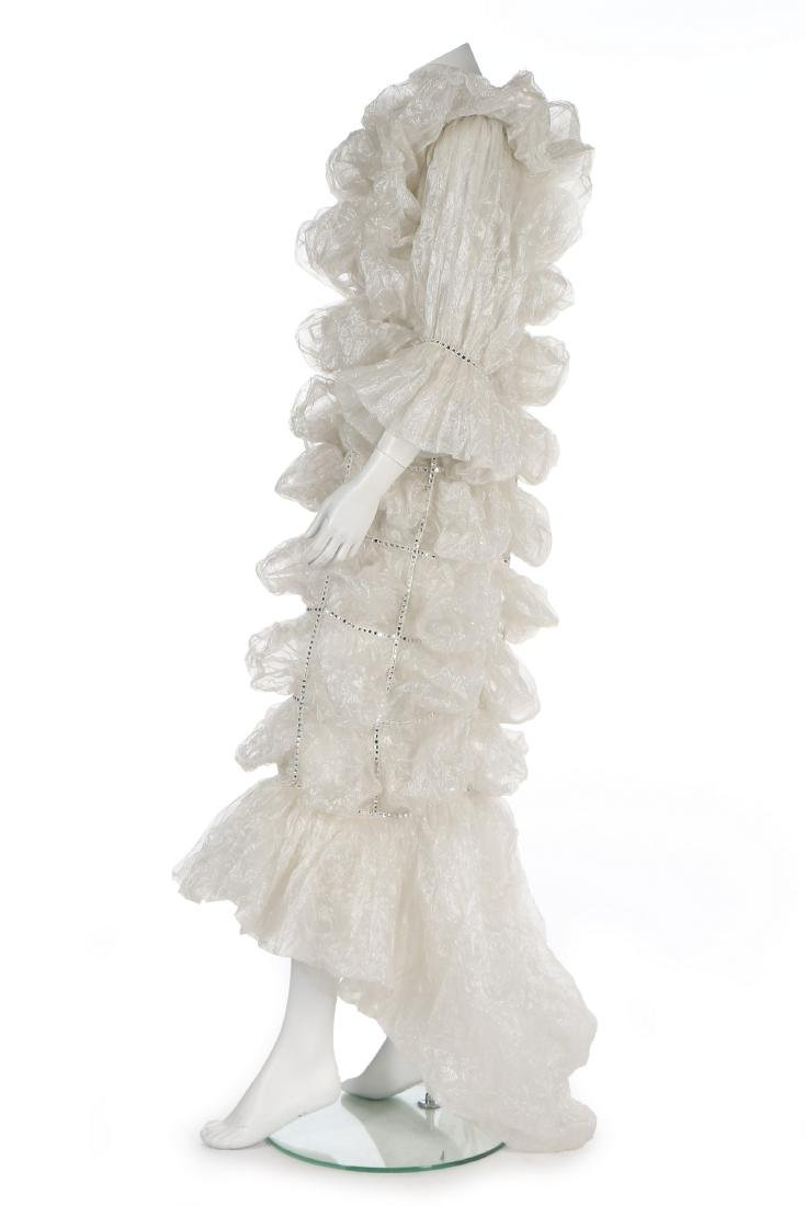 An unusual Paco Rabanne bubbled polyester gauze wedding - 2