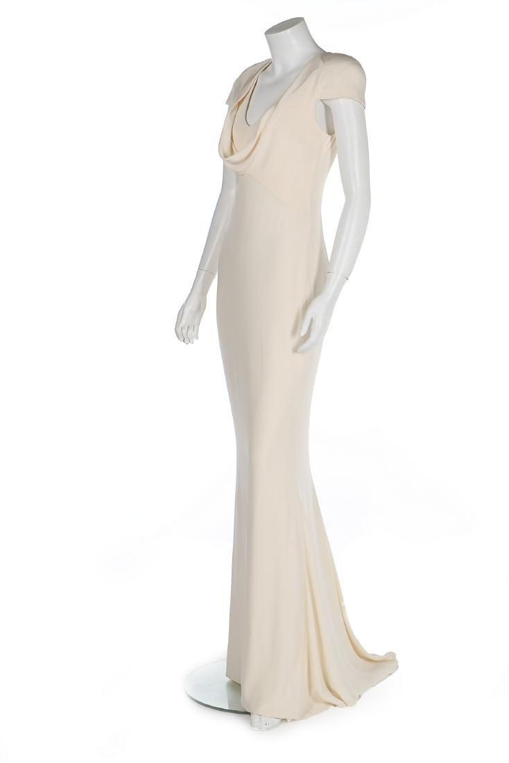 An Alexander McQueen 'Pippa Middleton' ivory silk crêpe