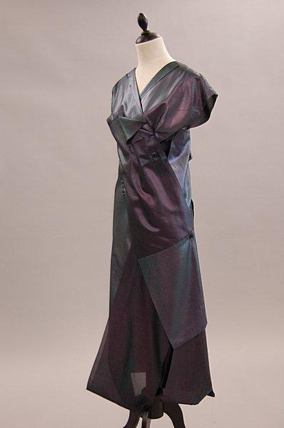 1019: An Issey Miyake grey-blue irridescent gown, Autum