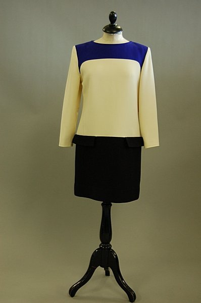 1020: A Courrèges wool shift dress, 1980s, labelled, fo