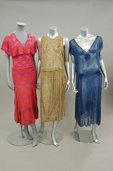 15: A group of poor condition 20s-30s beaded garments,
