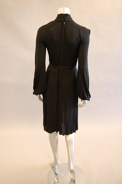 1043: A Jean Muir black jersey cocktail dress, late 197 - 4
