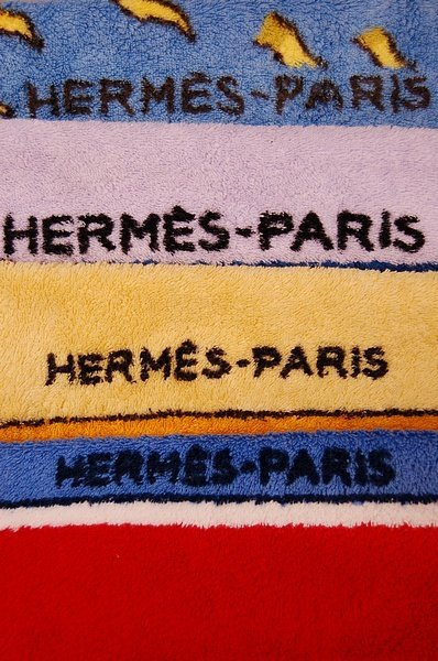 1106: Four Hermes beach towels, each with a different c - 5