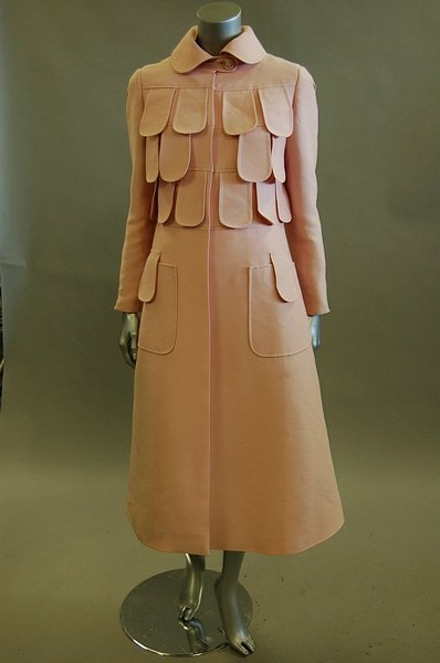1118: A Louis Feraud pink dress and matching coat, circ