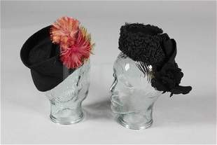 A group of mainly 1940s accessories, nine hats