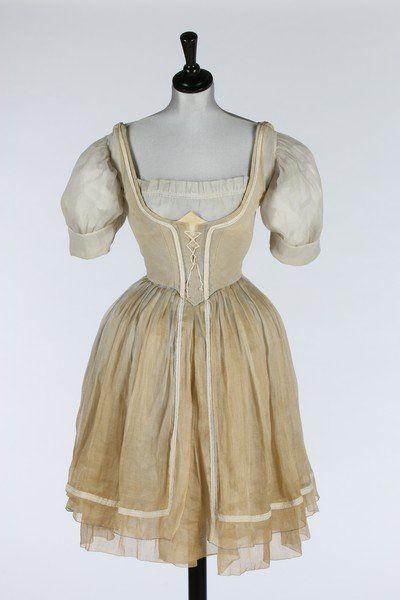 Dame Margot Fonteyn's dance dress for the ballet
