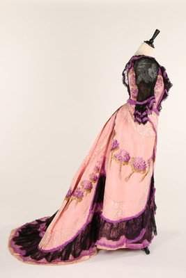 An unusual pink and purple chine taffeta evening gown,