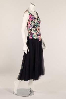 A 1950s summer dress, with printed floral bodice and