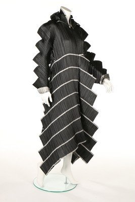 A good Issey Miyake 'Staircase Pleats' dress,