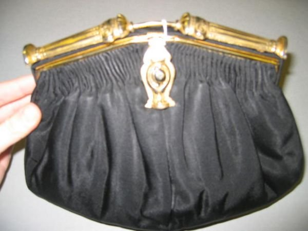 19: Two Au Seize evening bags, French, 1930s, in ancien