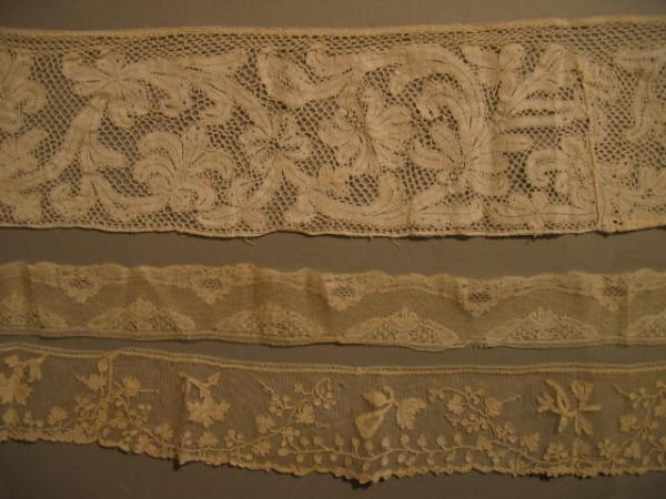 209: A group of lace, 17th and 18th centuries, includin