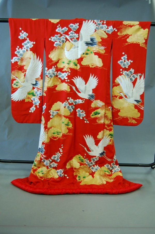1022: A Japanese wedding kimono, 20th century, the red