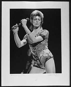 4051016: DAVID BOWIE RARE 1973 ORIGINAL LIVE PHOTO