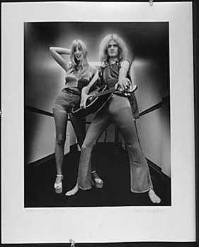 4051022: KIM KOWLEY 1972 RARE ROCK N ROLL SIGNED PHOTO
