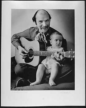 050986: Tom Paxton Original Photograph 1970