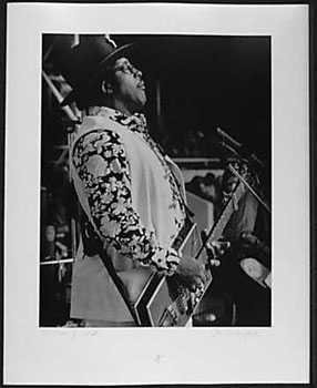 051005B: Bo Diddley 1972 Original Photograph Signed