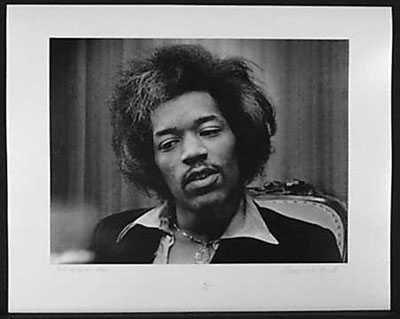051007B: Jimi Hendrix 1968 Original Photograph Signed