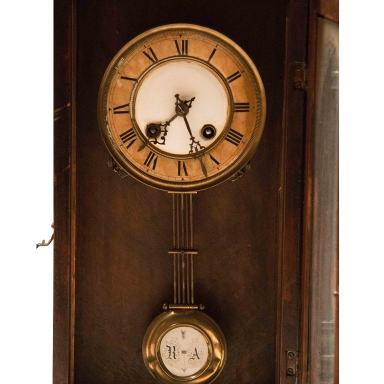 Henry II-style Antique Walnut Wall Clock - 4