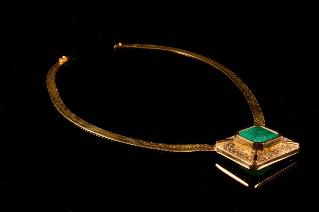 14 carat Emerald Necklace