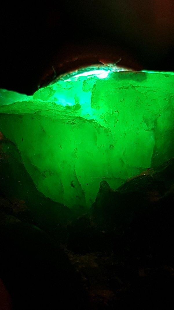 Chinese Green Apple Jade stone